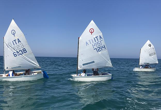 Foto barche Optimist Scuola Vela FIV Versilia